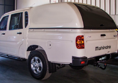 STAR-LUX - MAHINDRA SCORPION- doble cabina